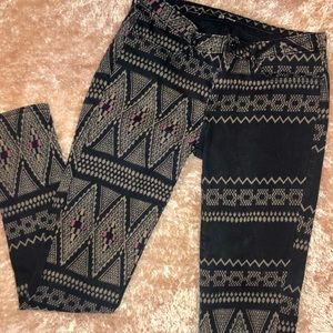 Levi's Tribal/Boho Print Thick Leggings